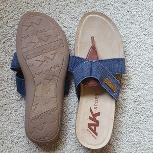 Denin flip flops Anne Klein